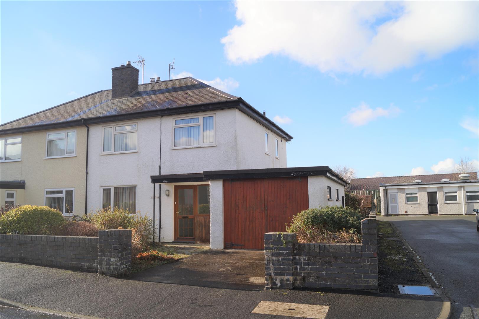 Manor Avenue, Pwllheli - £189,000